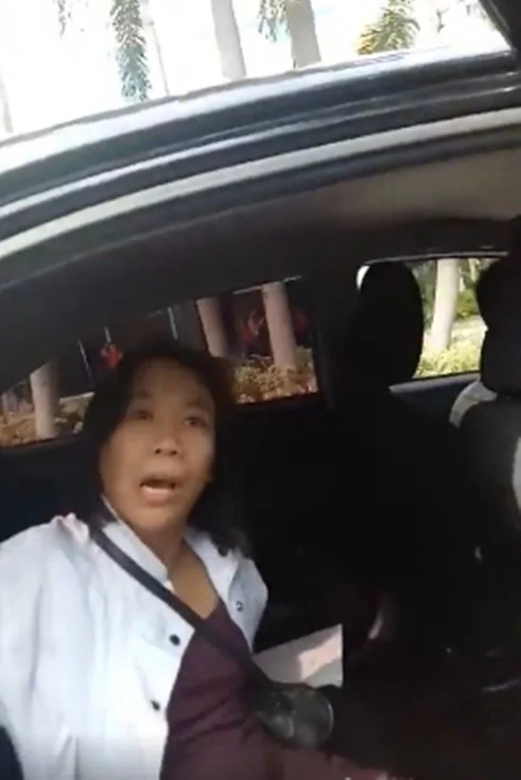 Grab driver goes viral for canceling trip of a disabled person