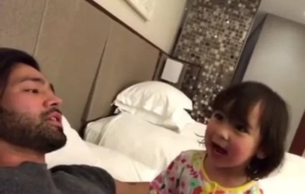 Scarlet Snow Belo shows her funny side while bonding with daddy Hayden