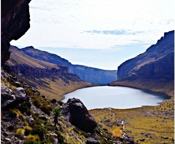 Breathtaking! Lake Michaelson proves that KENYA is magical
