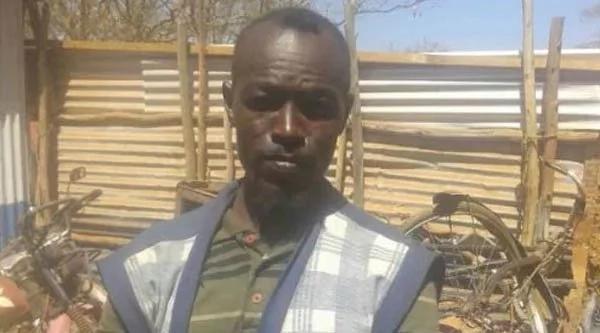 Este hombre vivió tres años con su esposa e hijos muertos