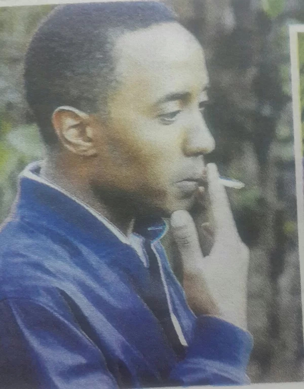 Uhuru's son, Muhoho Kenyatta smokes with his rumored girlfriend (photos)