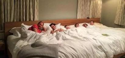 Padres construyeron una cama de 5,5 metros para compartir con sus cuatro hijos