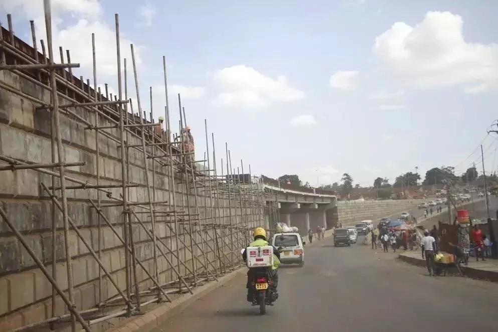 Mradi wa KSh 8.4 bilioni ambao serikali ya Jubilee inajenga Eastlands. Unakaribia kukamilika (PICHA)