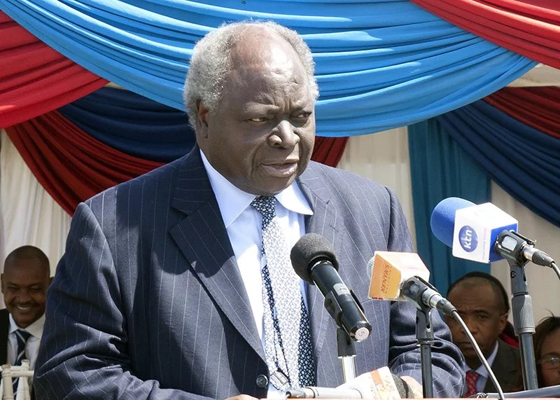 Mwai Kibaki to undergo neck surgery in South Africa