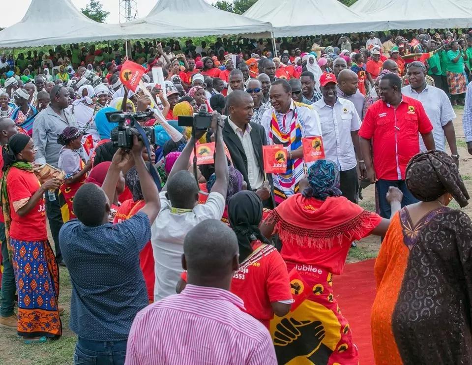 Uhuru yumo tayari kushiriki katika mjadala lakini kwa masharti