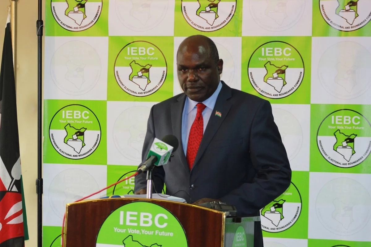 IEBC outlines major consequences for areas where Uhuru, Raila were heckled, stoned