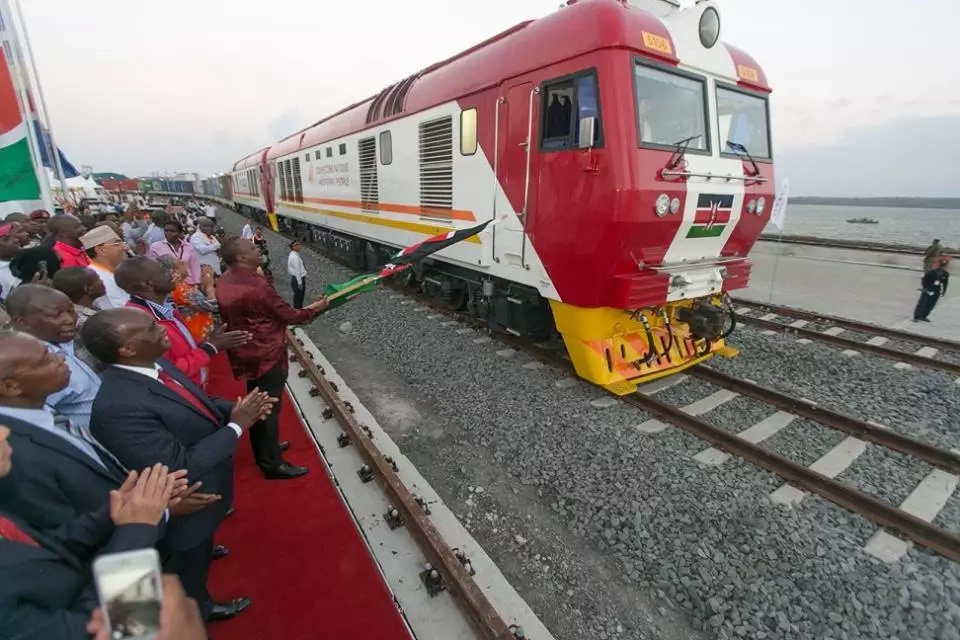 Uhuru tells OFF Joho after he vowed to gatecrash SGR launch