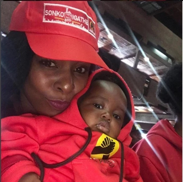 Sonko's granddaughters dressed in Jubilee colours