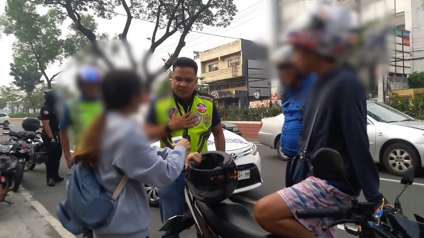 Walang respeto si ate! Viral video of a lady who goes on a crazy rampage against traffic enforcers