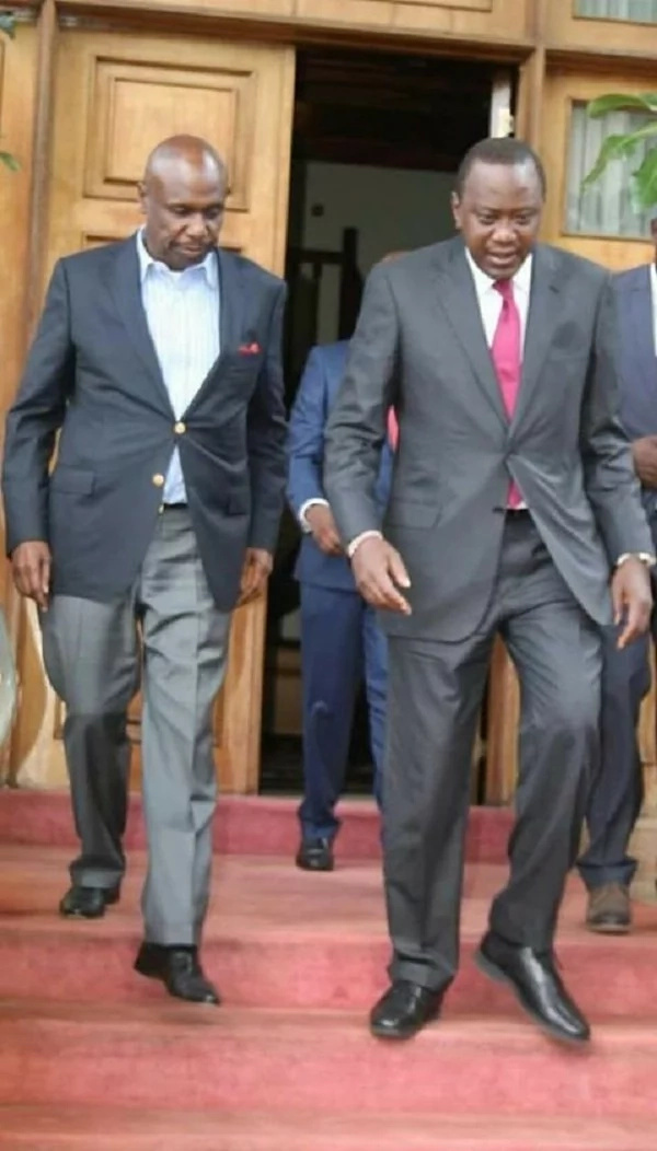 A photo of Uhuru meeting Gideon Moi lights up the internet