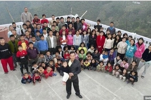 Meet the world's biggest family: this man sets record with 39 wives, 94 children and 33 grandchildren all living in one roof