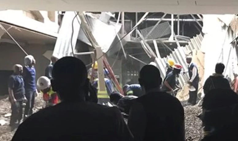 Many patients trapped under debris as hospital roof COLLAPSES (photos, video)