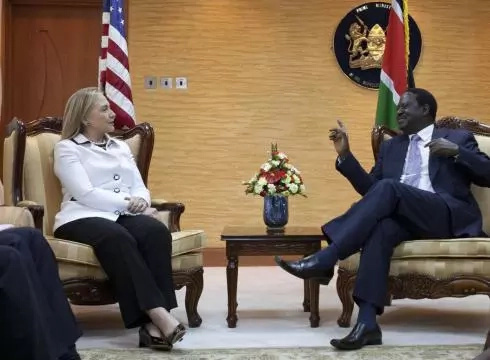 Wakenya wamlaumu kwa Raila kwa Kushindwa kwa Hillary Clinton