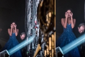 Never-before-seen photo shows emotional Pia Wurtzbach breaks down before passing the Miss Universe crown