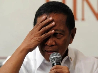 Why former VP Binay tears up during boodle fight
