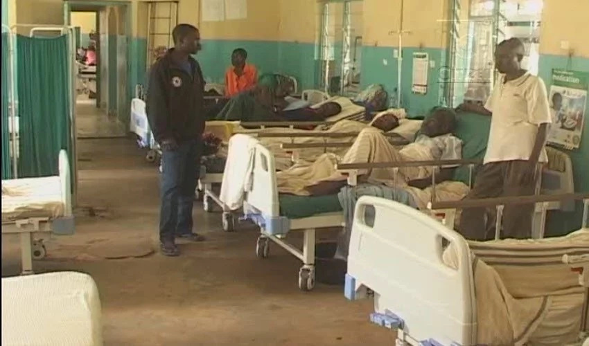 Hospital forces pregnant women to deliver in darkness