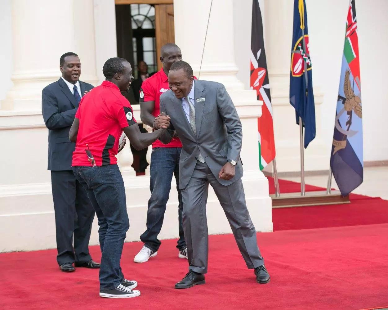 President Uhuru rewards Kenya Sevens team KSh 10m