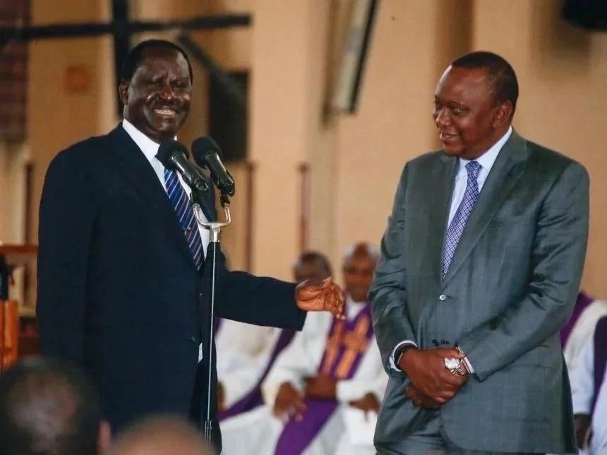 Picha 7 za Ruto, Uhuru na Raila zikazowafanya wafuasi kuonekana zuzu!