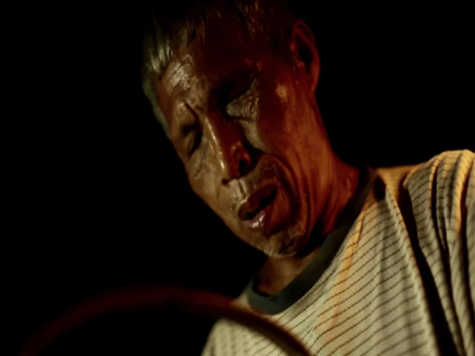 Blind old Pinoy man sells ice and balut for a living