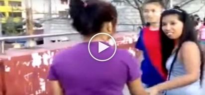 Mga dalagitang palaban: Wild Filipina teens engage in violent brawl on overpass in Manila