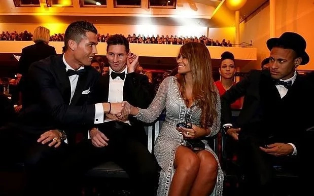 Ronaldo-Messi debate ends with one guy killing his buddy