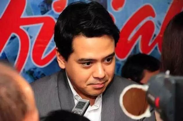 John Lloyd Cruz allegedly no longer a Star Magic talent nor a Kapamilya actor