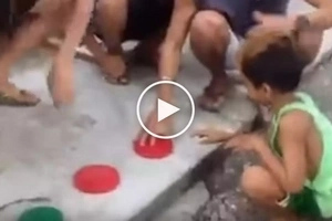 Pinagtripan ang bata! Naughty Pinoys trick innocent child into touching fresh dog poop