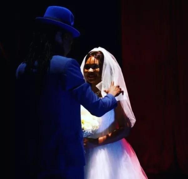Duh! Obina aliwalaghai mashabiki wake na TUKO.co.ke ina ushahidi (Picha)