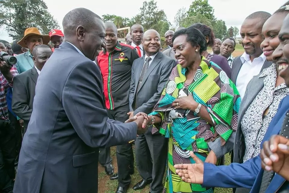 Martha Karua walks out on Uhuru, embarrasses him in Kirinyaga