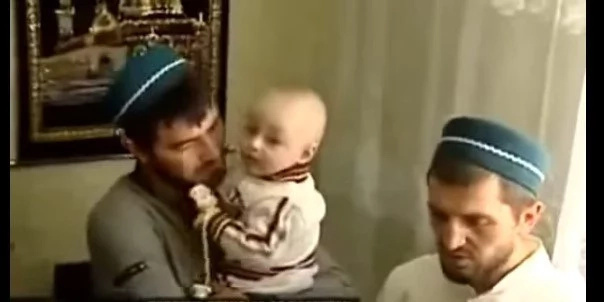 Allah's mircale! Quranic verses appear on BABY's skin (see photos, video)