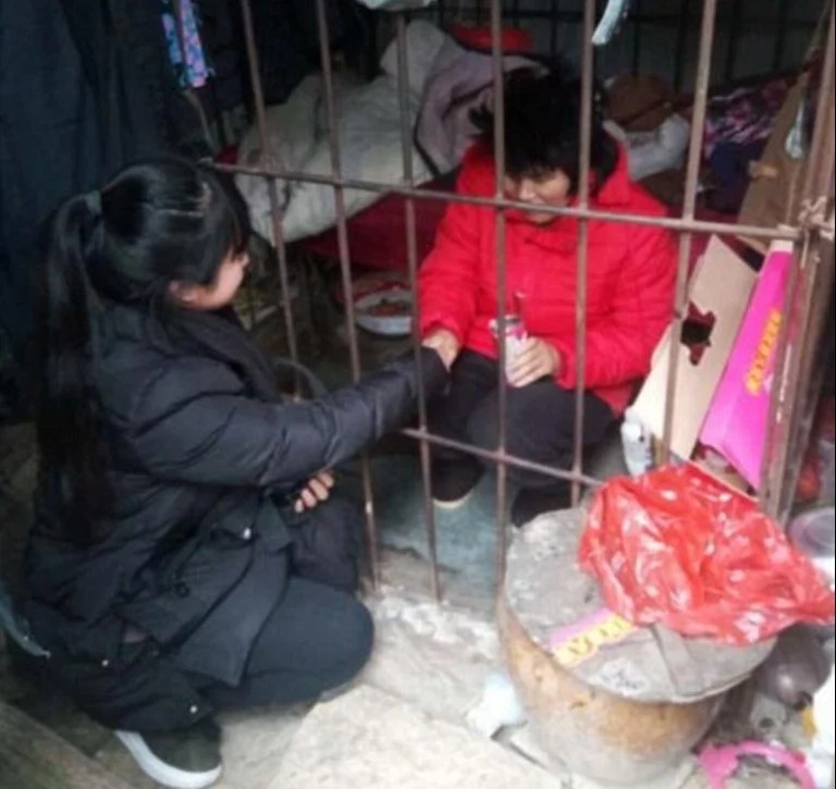 See young woman kept in CAGE with snakes by own family for 10 years (photos)