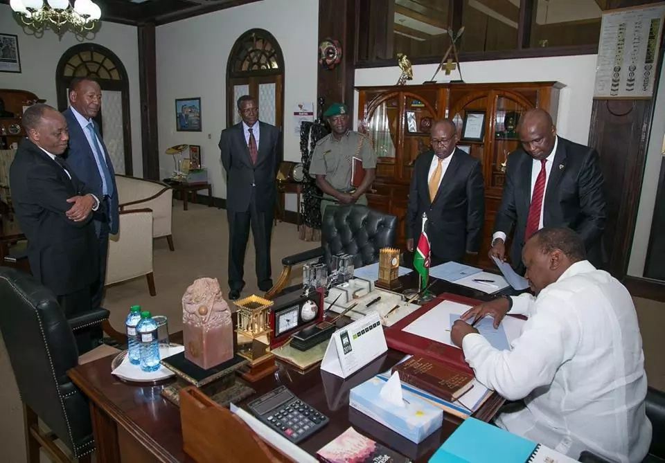 15 emotive photos that prove how much Uhuru trusted Nkaiserry