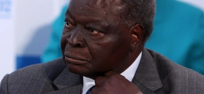 Former president Kibaki condemns the burning of schools in Kenya