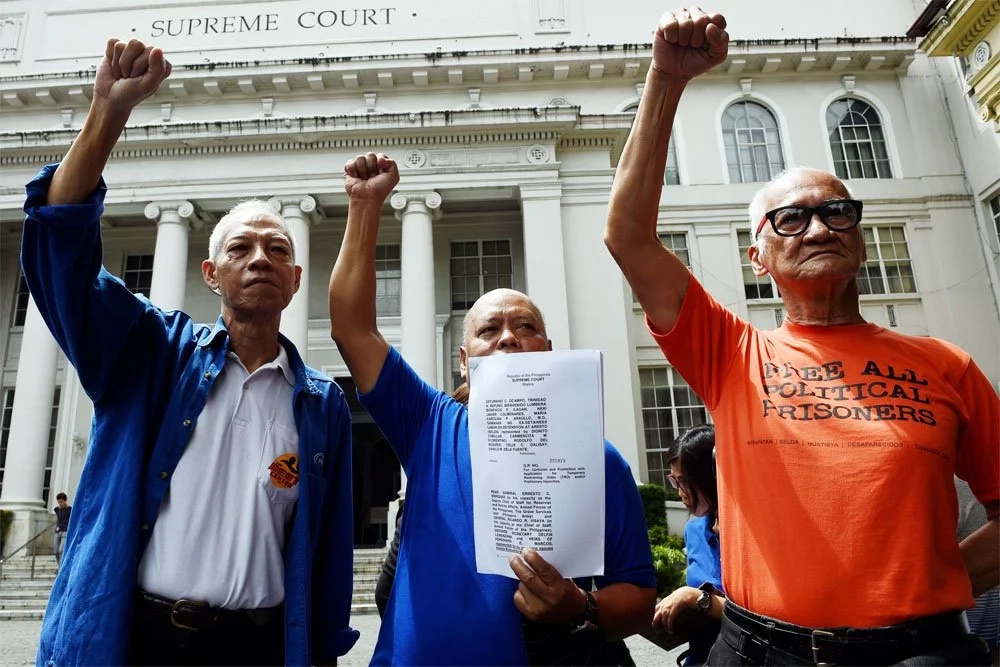 SC hears oral arguments on Marcos' hero burial at LNMB