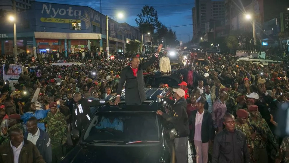 Ruto hits out at Chebukati as Jubilee threatens to eject him from office