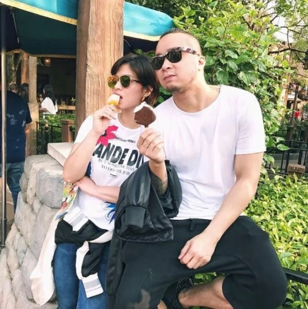 Neil Arce spotted bringing Angel Locsin to hospital