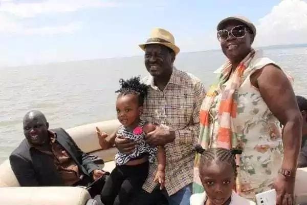 Dadake Raila afichua URAFIKI wa karibu mno waliokuwa nao utotoni na Uhuru