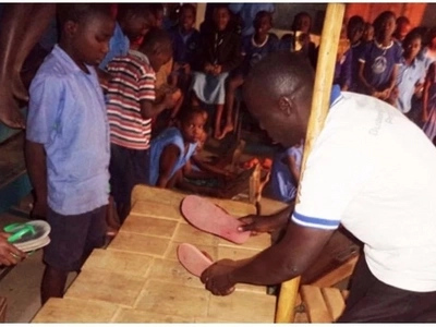 Disability is not inability! Meet disabled music teacher who is beating the odds