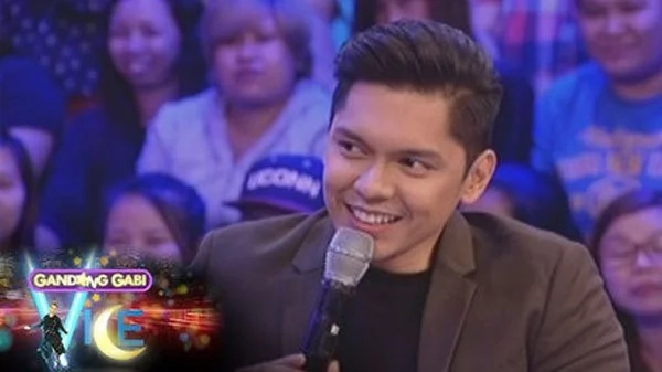 Carlo Aquino's tweet sends kilig vibes among netizens - Is it for Angge?