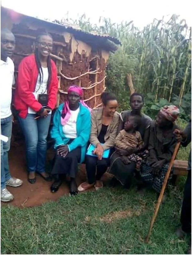 Uhuru Kenyatta's daughter spends time with a poor family