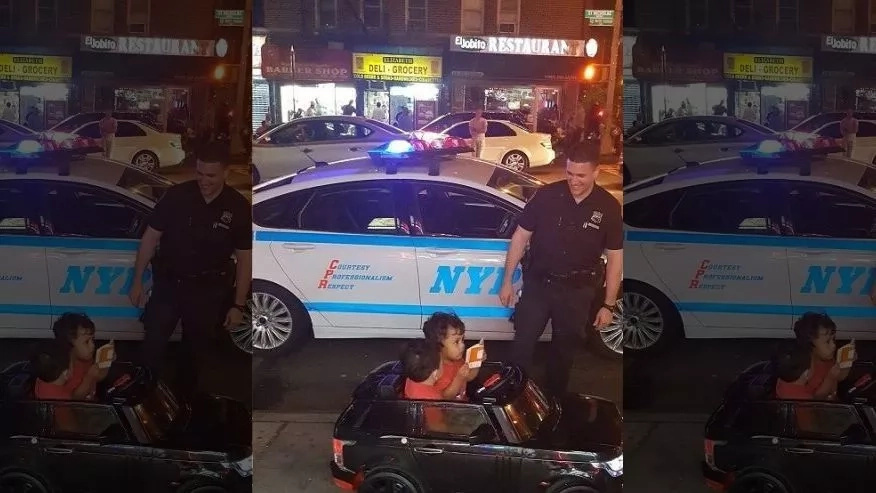 Police officers pull over 2-year-old TWINS in toy car for driving 'over cuteness limit' (photos, video)