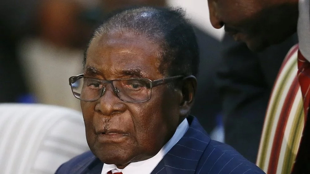 Curtains about to fall for Mugabe as ruling party ZANU-PF turn against him