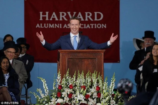 Zuckerberg Asks Harvard Grads to Fight Isolationism, Nationalism