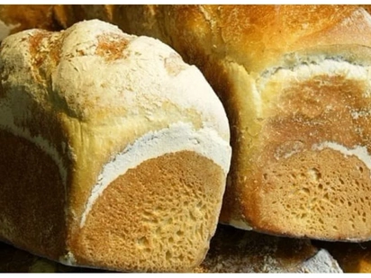 Student ordered to buy 1000 loaves of bread as punishment for stealing a loaf