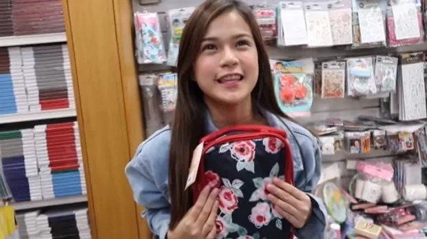 Maris Racal takes sister shopping for school supplies