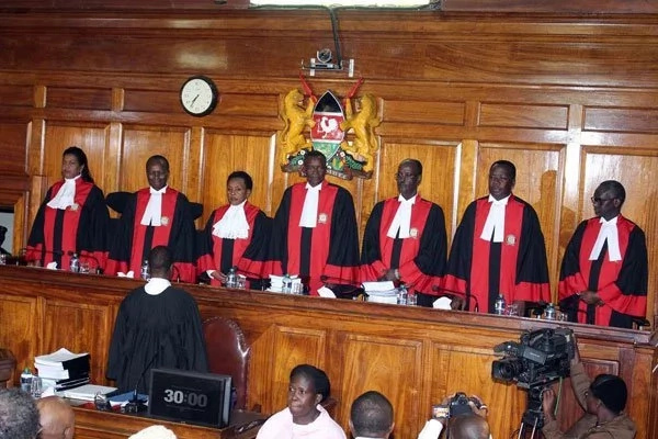 Engaging twist in Supreme court case as Uhuru and Chebukati's lawyers disagree