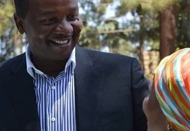 Kidero's fierce competitor drop from race after challenging kikuyu gods