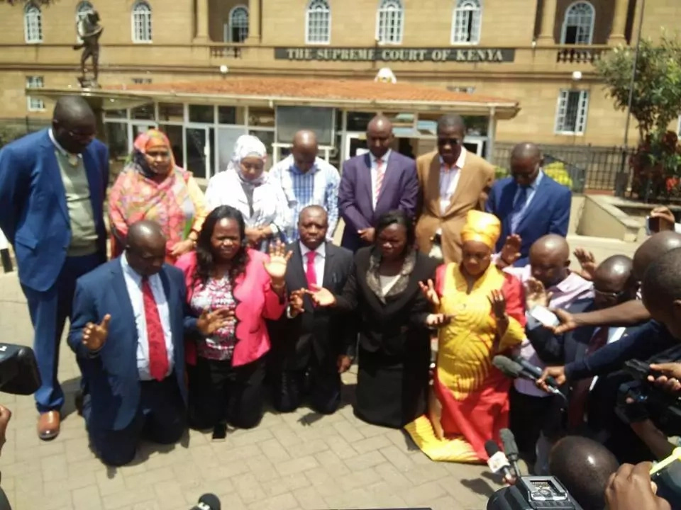 NASA MPs go down in prayers outside Supreme Court