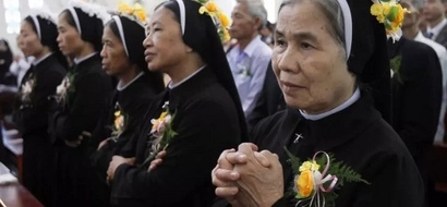 What do Catholic nuns have to say about Duterte's administration?