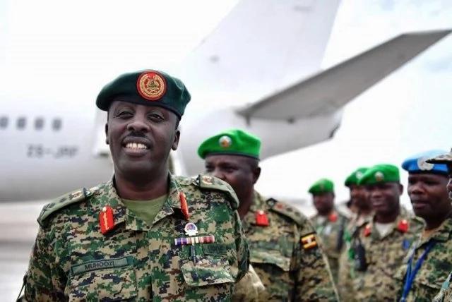 Museveni wa Uganda afanyia jeshi lake mageuzi baada ya Mugabe kuwekewa kizuizi cha nyumbani